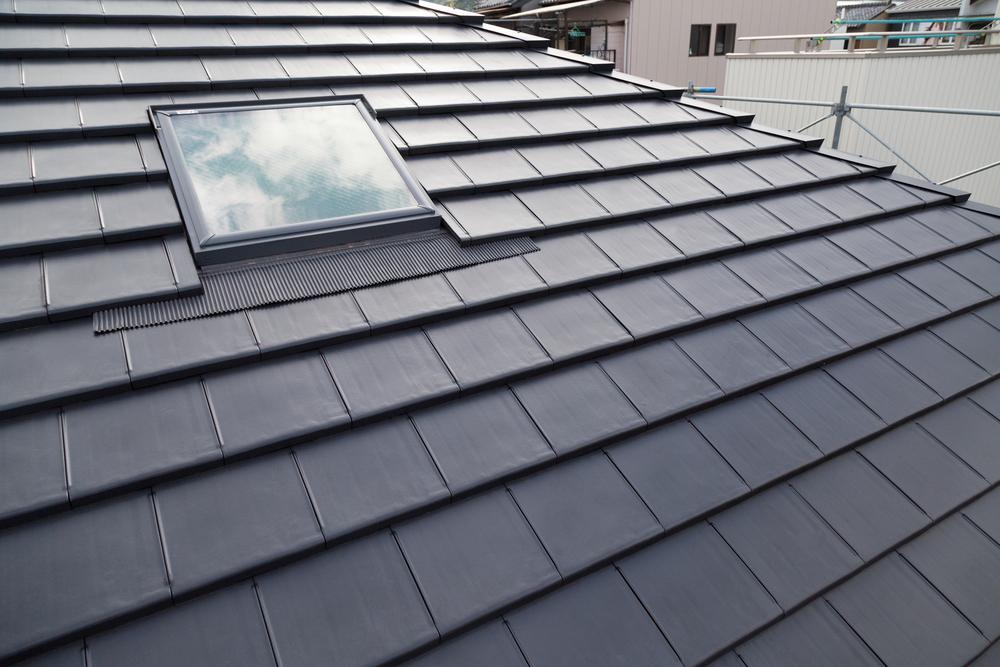 屋根の葺き替え工事とは